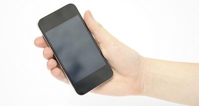 Почему телефон самопроизвольно отключается: 3 основные причины